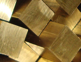 Квадрат латунный 17 ЛС59-1 3 м