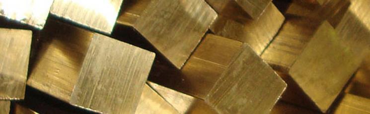 Квадрат латунный 27 ЛС59-1 3 м