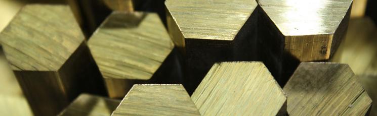 Шестигранник латунный 25 ЛС59-1 3 м